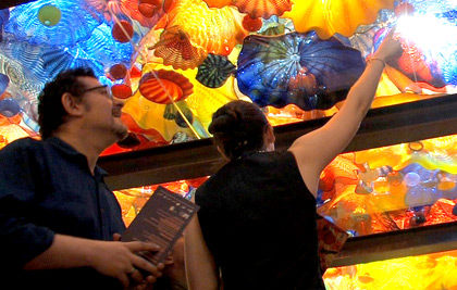 Chihuly's Exhibition Opening Video